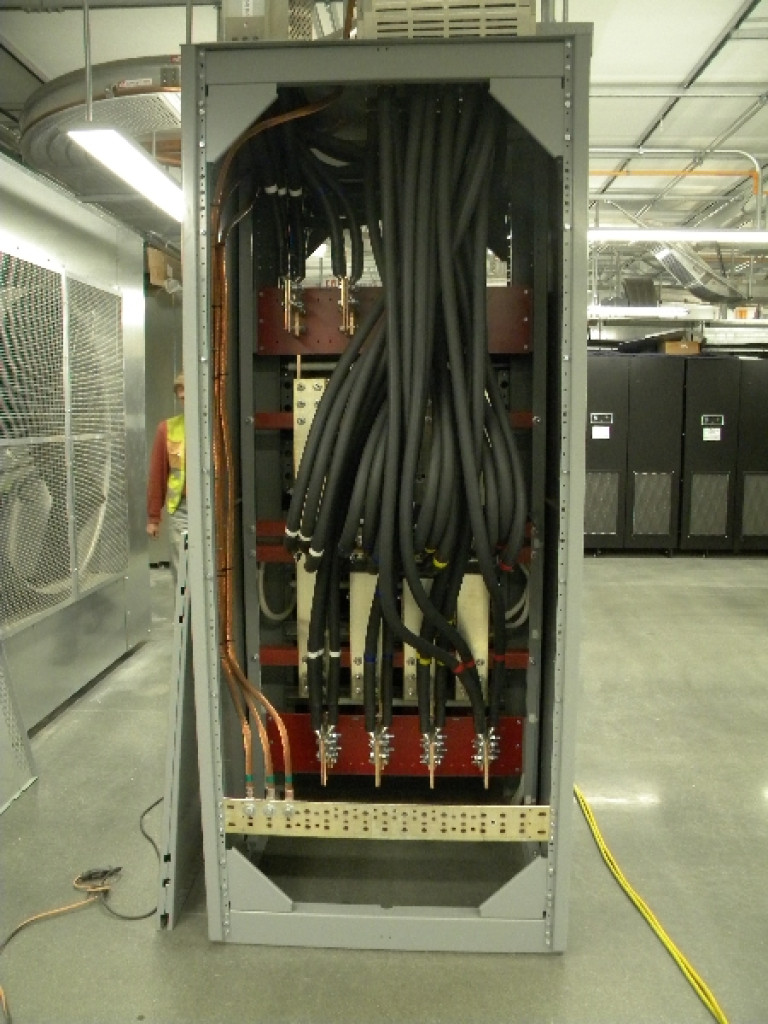 2000_amp_cable_termination